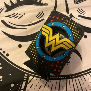 Wonder Woman can coozie